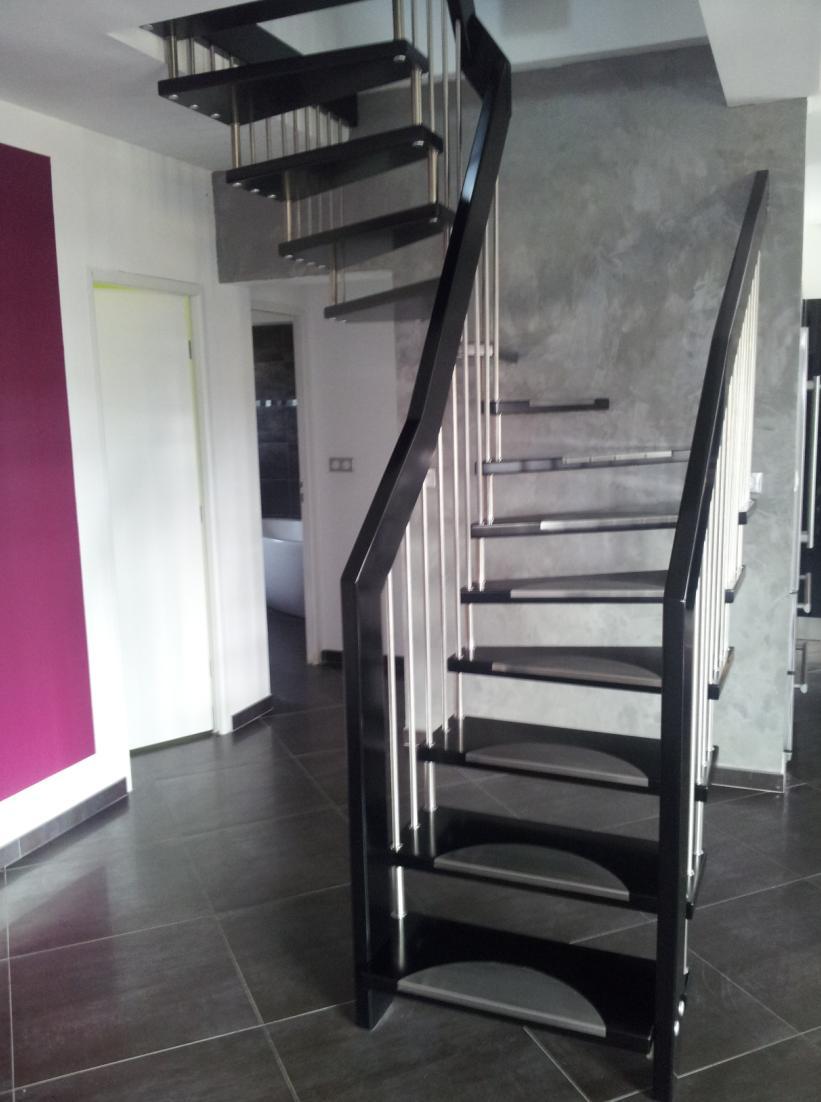pin escalier suspendu quart tournant a bastingage on pinterest. Black Bedroom Furniture Sets. Home Design Ideas