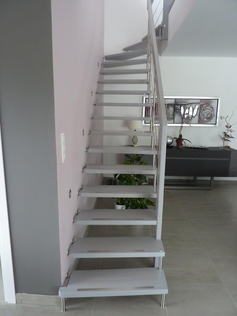 R alisations d 39 escaliers bouches du rh ne 13 le var 83 et le vaucluse - Escalier suspendu quart tournant ...