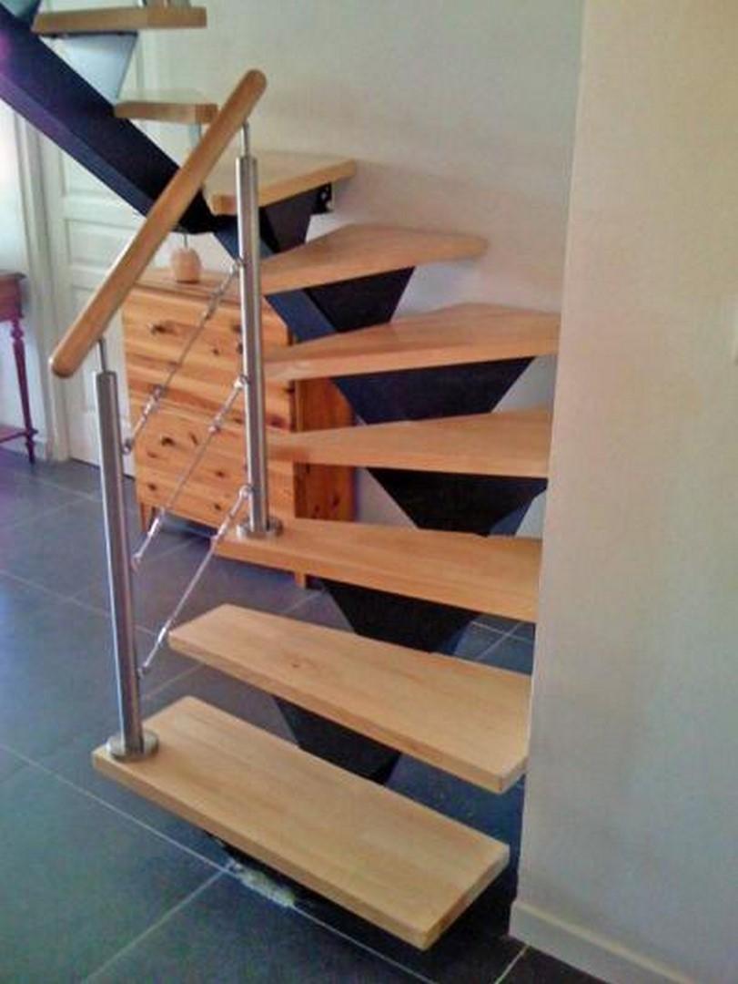 Escalier Simple escalier a limon central